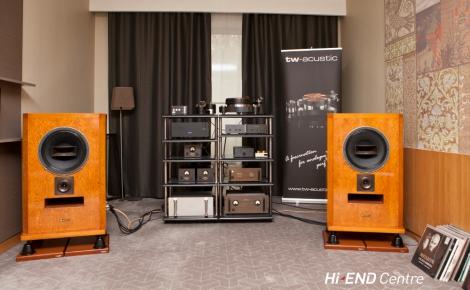 Hi-end система: рупорная акустика и компоненты Maxonic